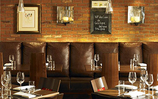 Cast Iron Bar & Grill - Northampton - Northampton Marriott Hotel